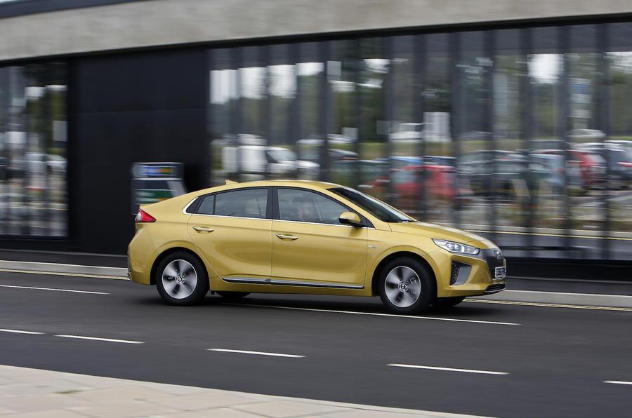Hyundai Ioniq side profile