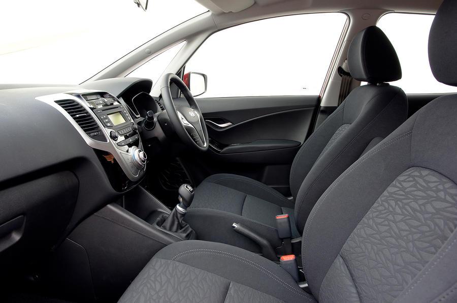 Hyundai ix20 front seats
