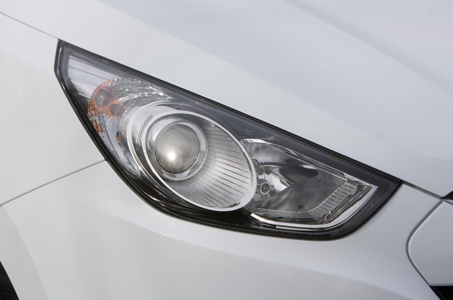Hyundai ix35 xenon headlight