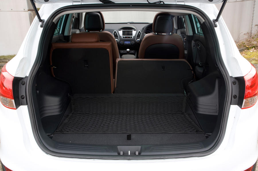 Hyundai ix35 2010-2015 Review (2017) | Autocar