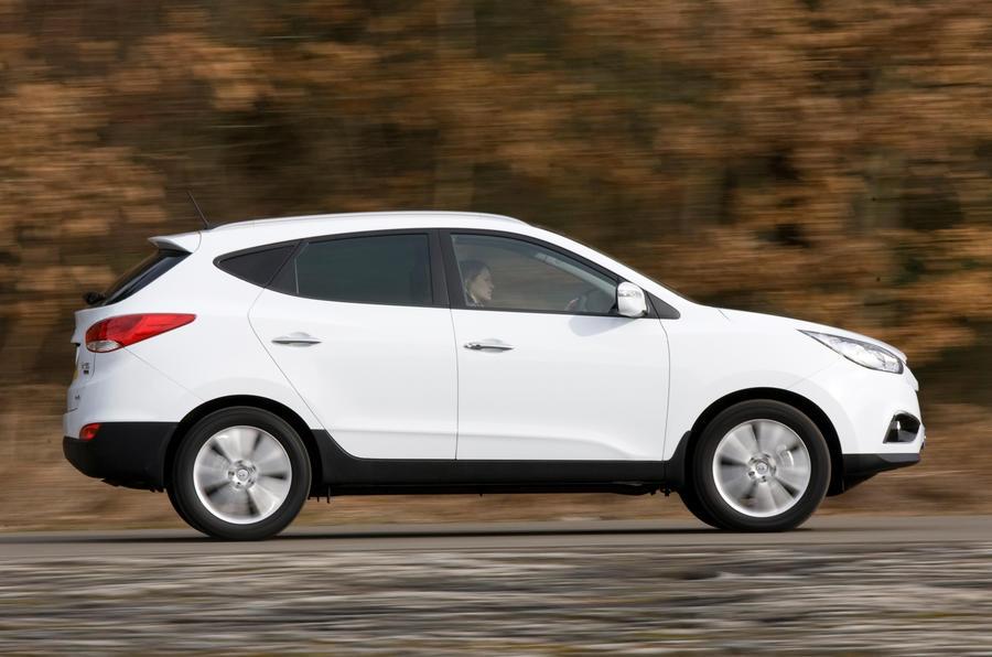 Hyundai ix35 side profile