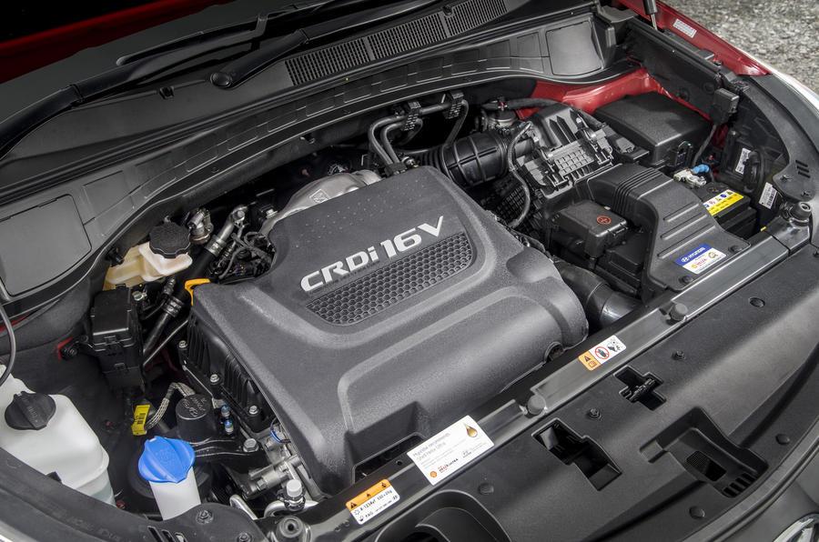 Hyundai Santa Fé engine bay