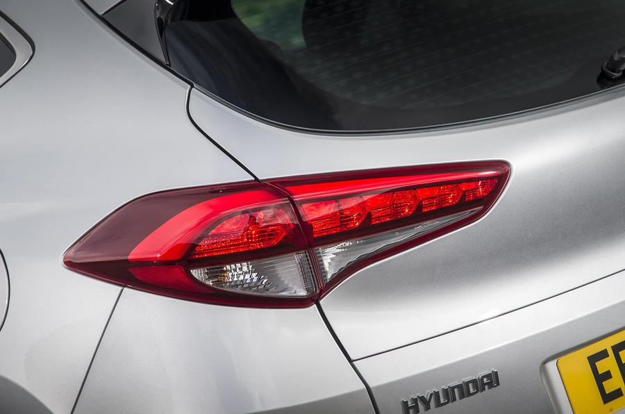 Hyundai Tucson rear lights