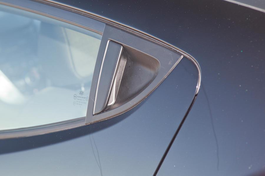 Hyundai Veloster rear door handle