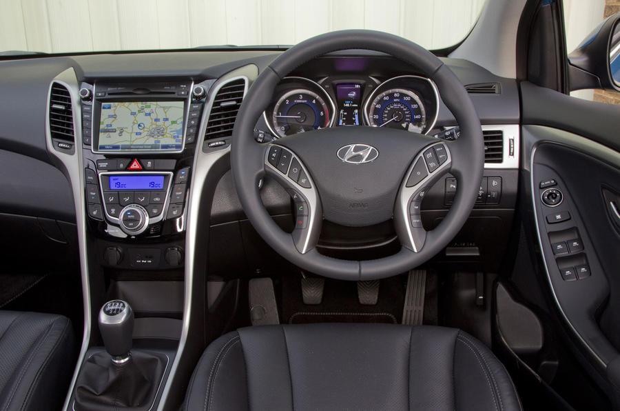 Hyundai I30 Tourer Style Nav 1 6 Crdi Review Autocar