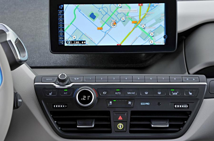 BMW i3 infotainment