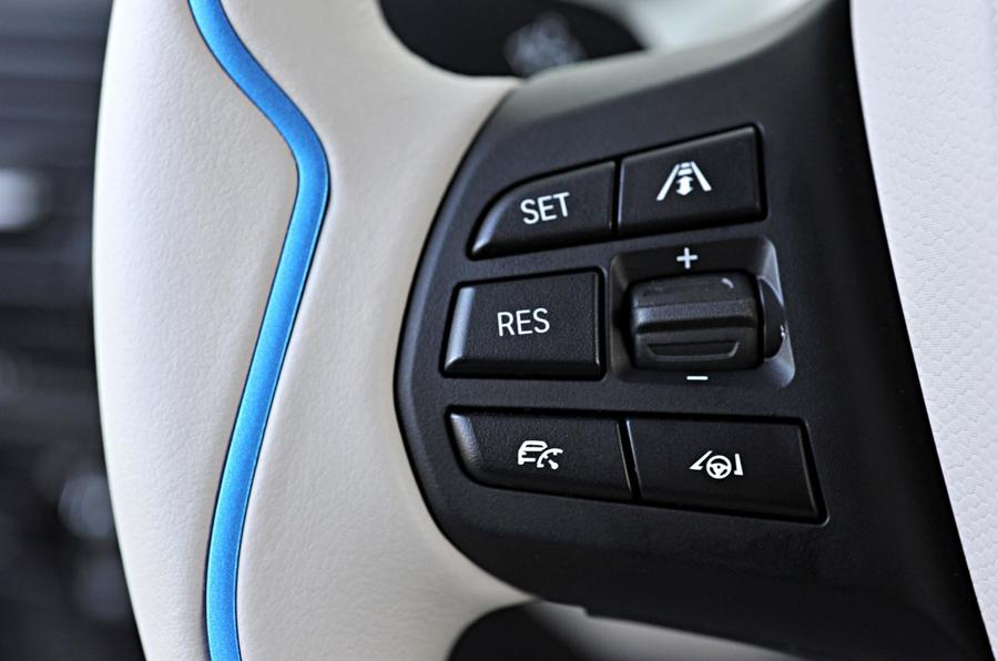 BMW i3 steering wheel controls