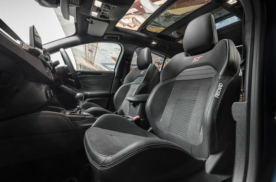 Ford Focus ST 2019 UK first drive review - interior