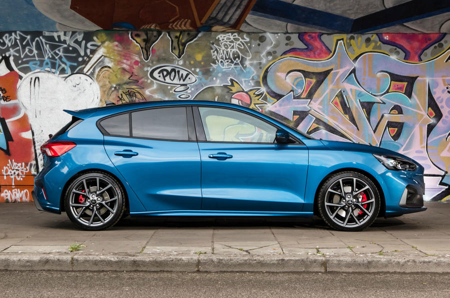 Ford Focus ST 2019 UK first drive review - static side
