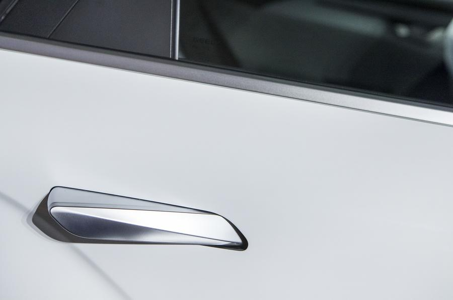 Geely Geometry A 2019 prototype drive - pop-up handles