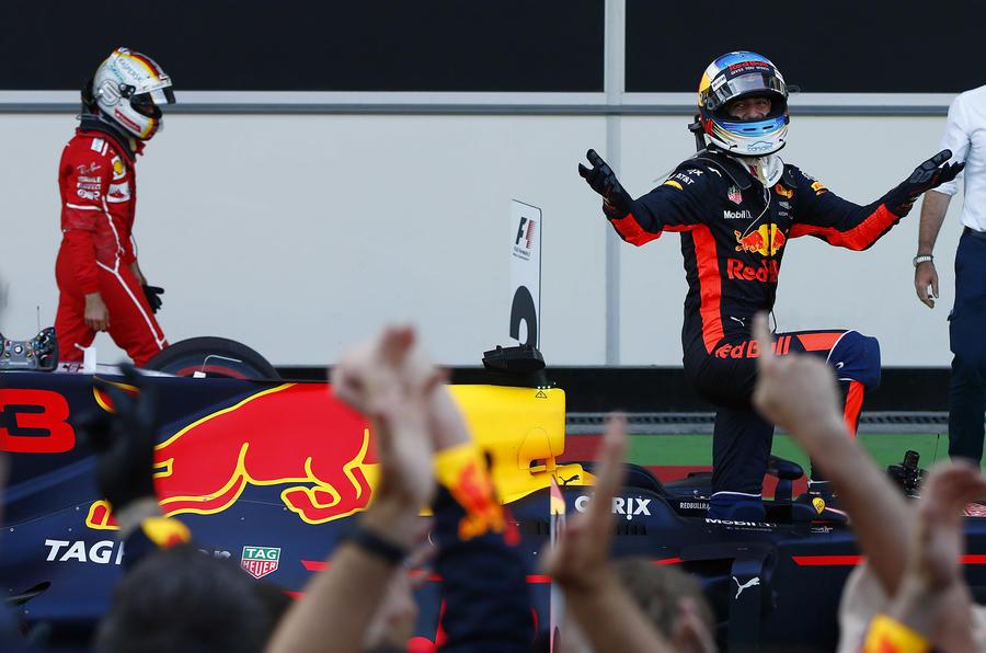Ricciardo Vettel Azerbaijan 2017