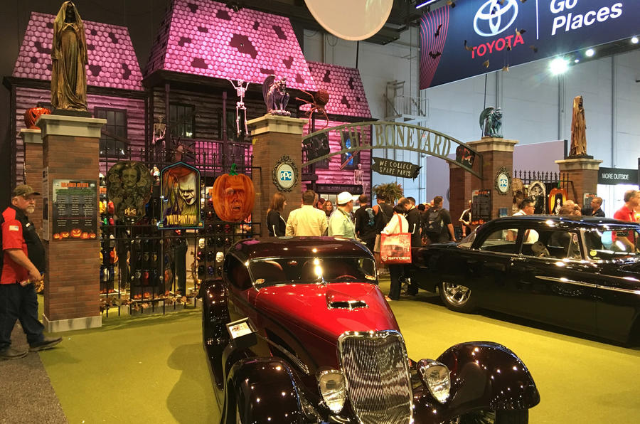 picture special the best of the 2017 sema show autocar. Black Bedroom Furniture Sets. Home Design Ideas
