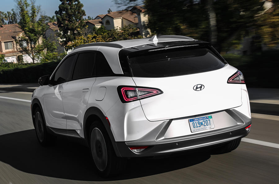 Hyundai Nexo fuel cell SUV to go on sale early 2019