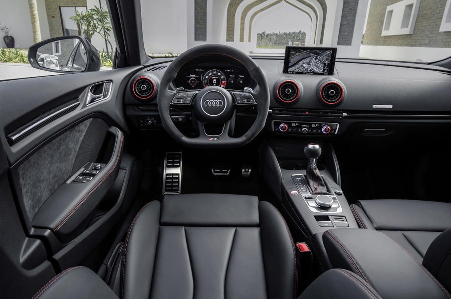 Audi RS3 Sportback dashboard
