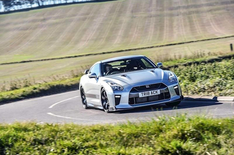 Nissan GT-R Track Edition 2018 - tracking front