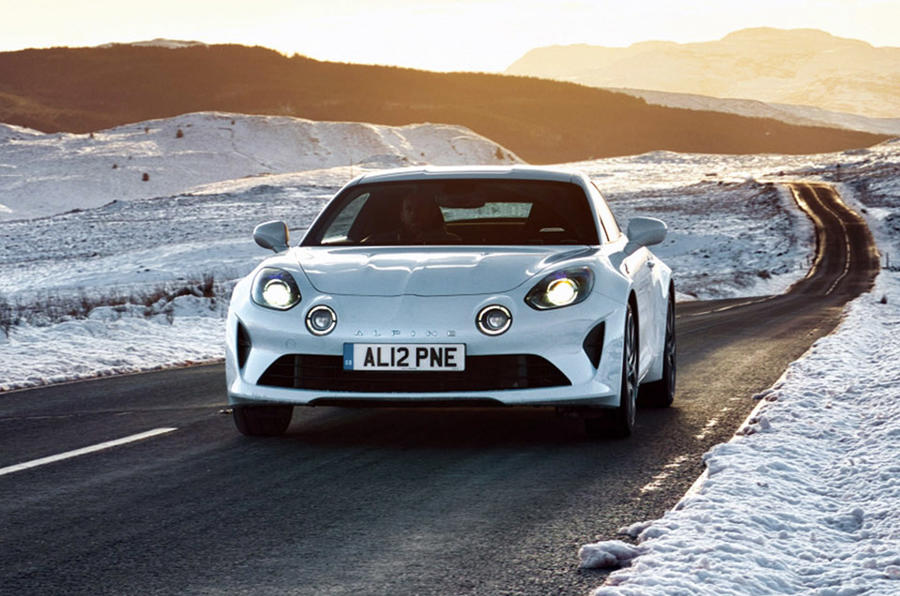Alpine A110 - tracking front