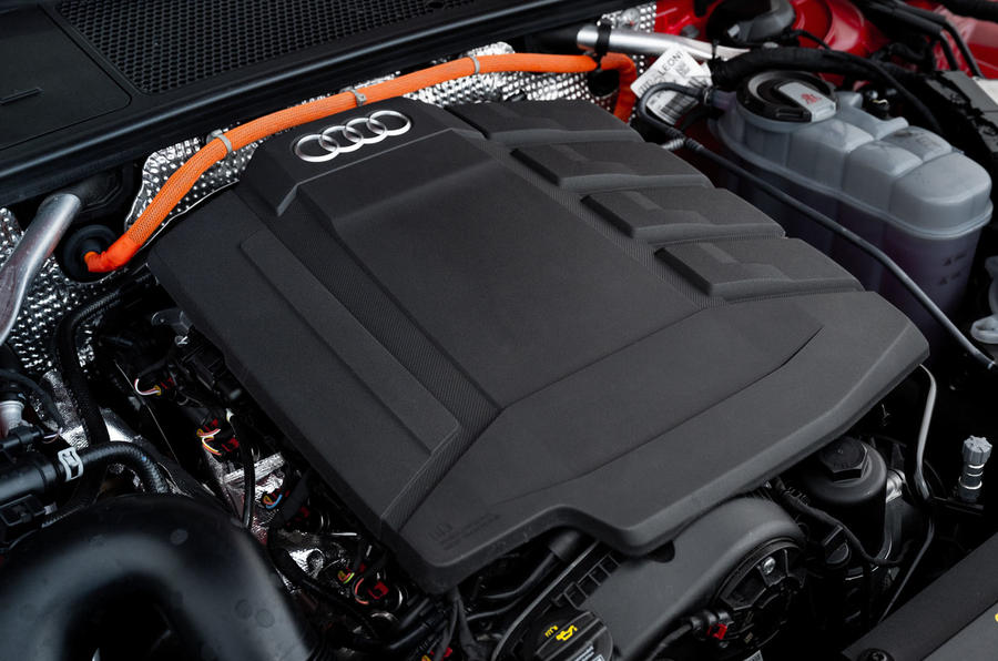 Audi A7 TFSI e 2019 first drive review - engine