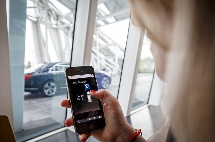 Mercedes parking app