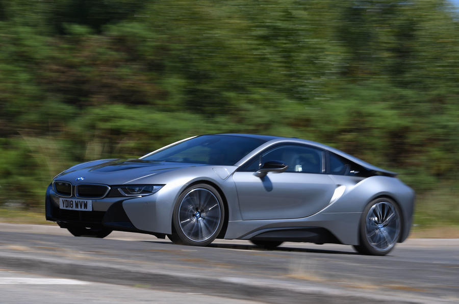BMW i8 Coupe 2018 UK first drive review hero front