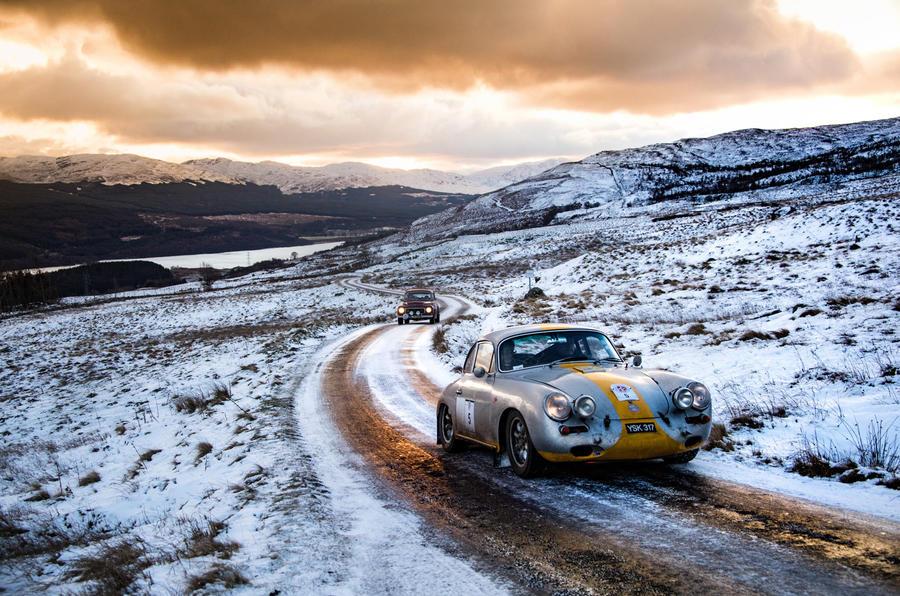 1 classic car racing