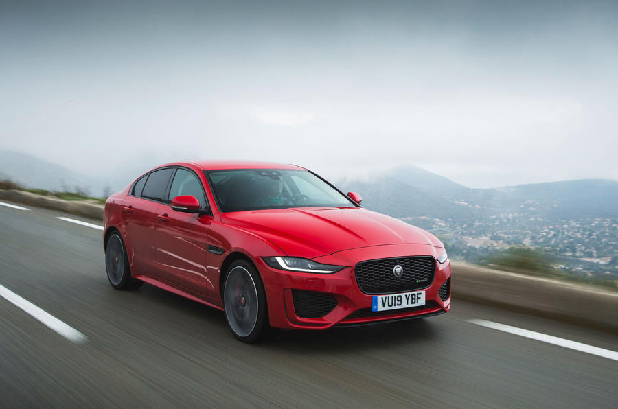 Jaguar XE P300 2019 first drive review - hero front