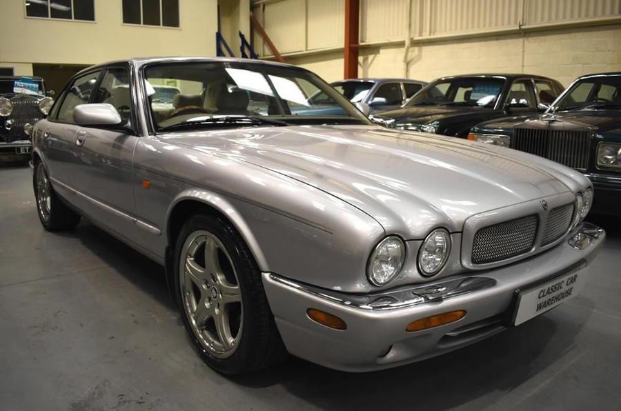 Jaguar XJR - static front