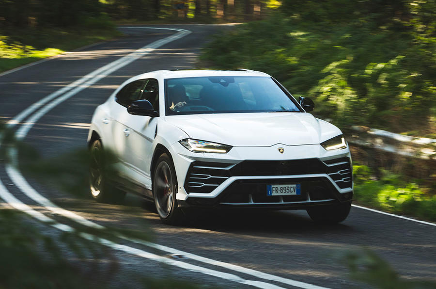 Lamborghini Urus 2018 Uk Review Autocar