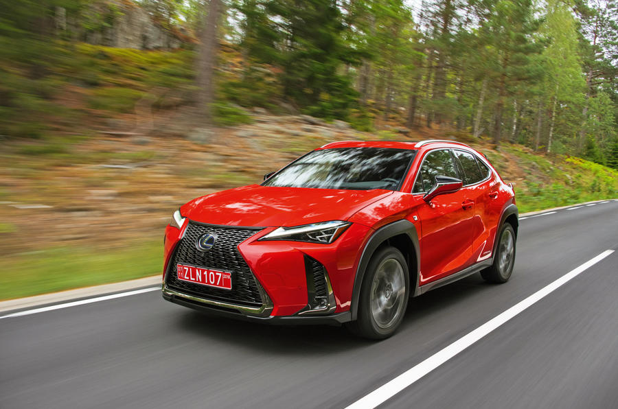 Lexus UX 250h F Sport 2018 first drive review hero front