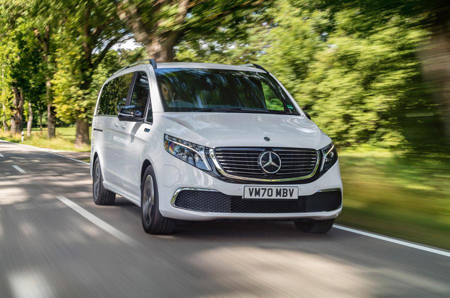 1 Mercedes Benz EQV 2021 LHD premier essai essai avant héros