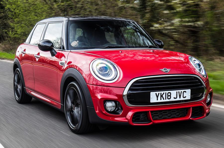 Mini Cooper 5dr 2018 UK review hero front