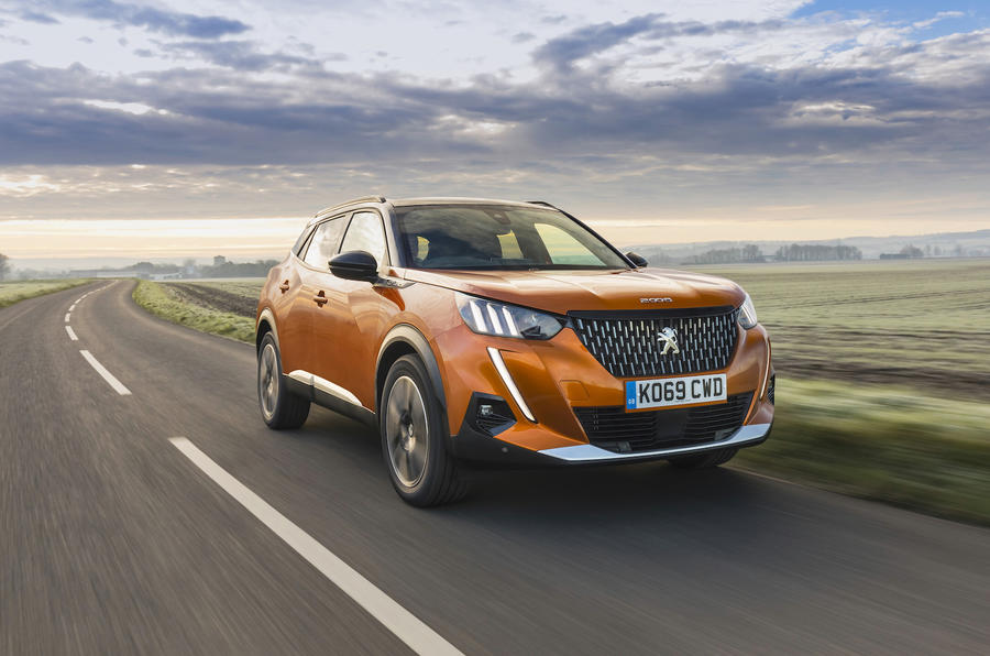 Peugeot 2008 GT Line front tracking