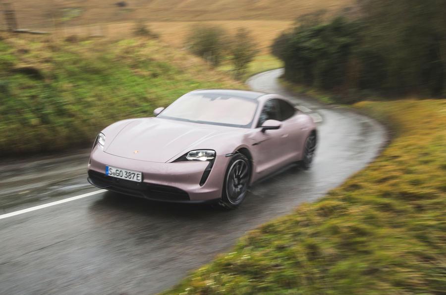 1 Porsche Taycan RWD 2021 : le premier bilan de conduite au Royaume-Uni