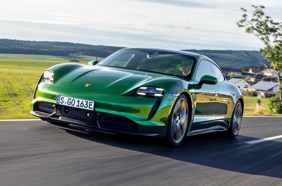 2019 - [Porsche] Taycan [J1] - Page 15 1-porsche-taycan-turbo-s-2020-fd-hero-front