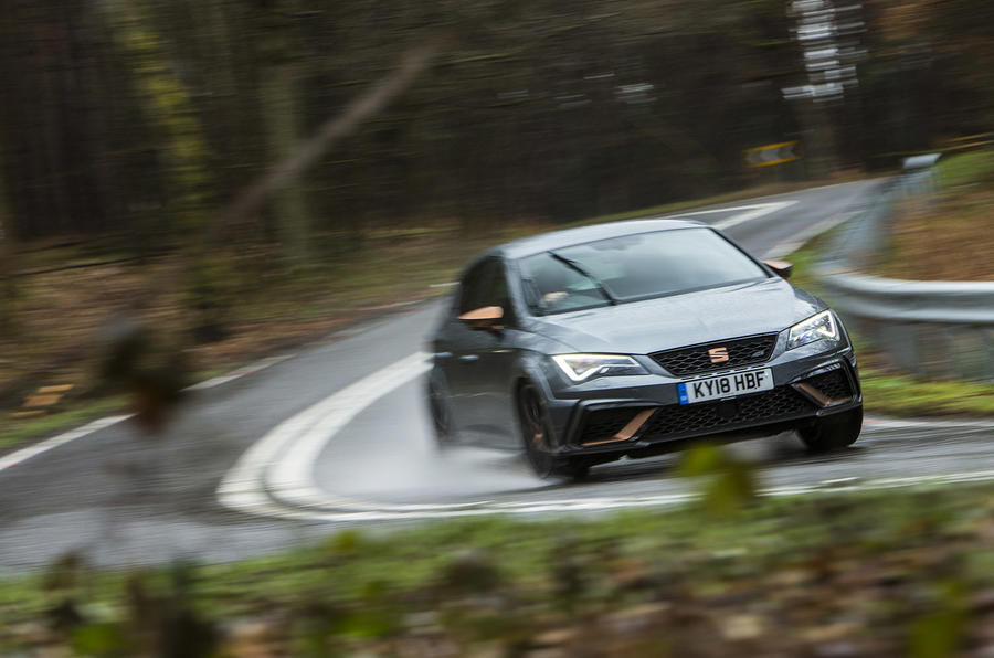 Seat Leon Cupra R 2018 UK review on the road