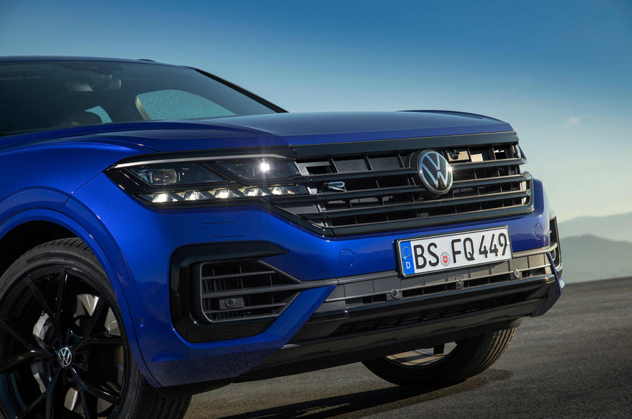Volkswagen Touareg R 2020 first drive review - nose