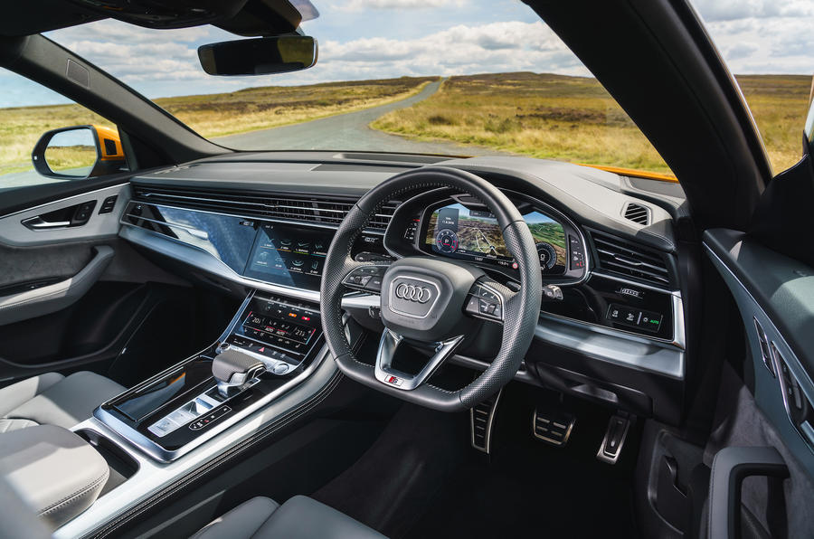 Audi Q8 50 TDI Quattro S-Line 2018 UK first drive dashboard