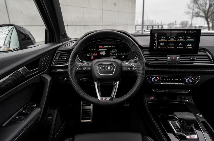10 Audi SQ5 2021 : premier tableau de bord de l'examen de conduite