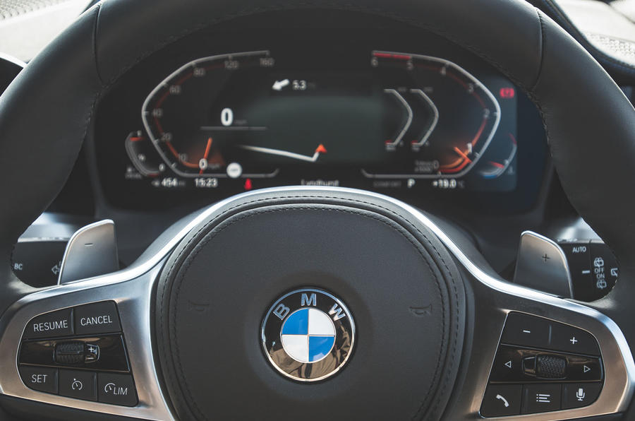 BMW 3 Series Touring 320d 2019 UK first drive review - instruments