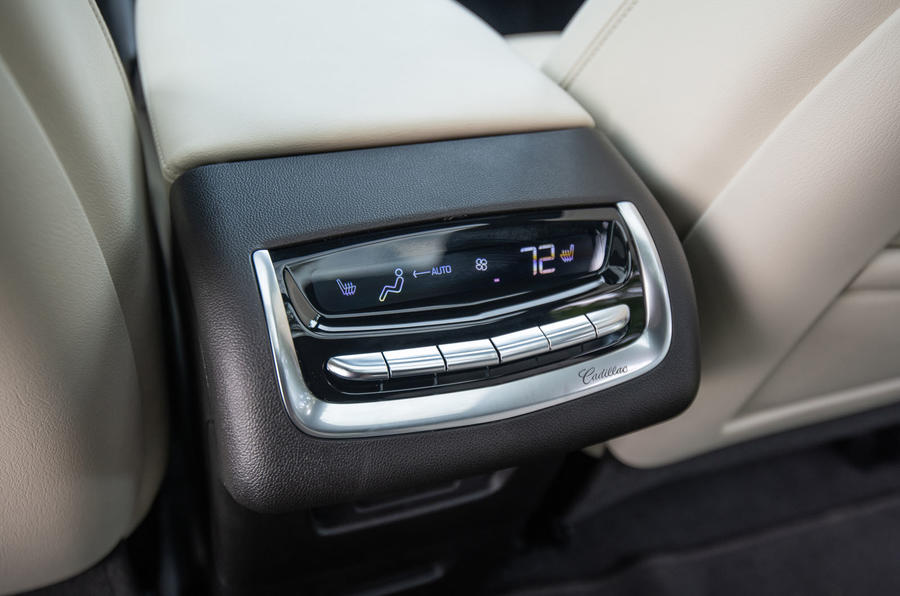 Cadillac XT6 Sport 2020 first drive review - rear climate controls