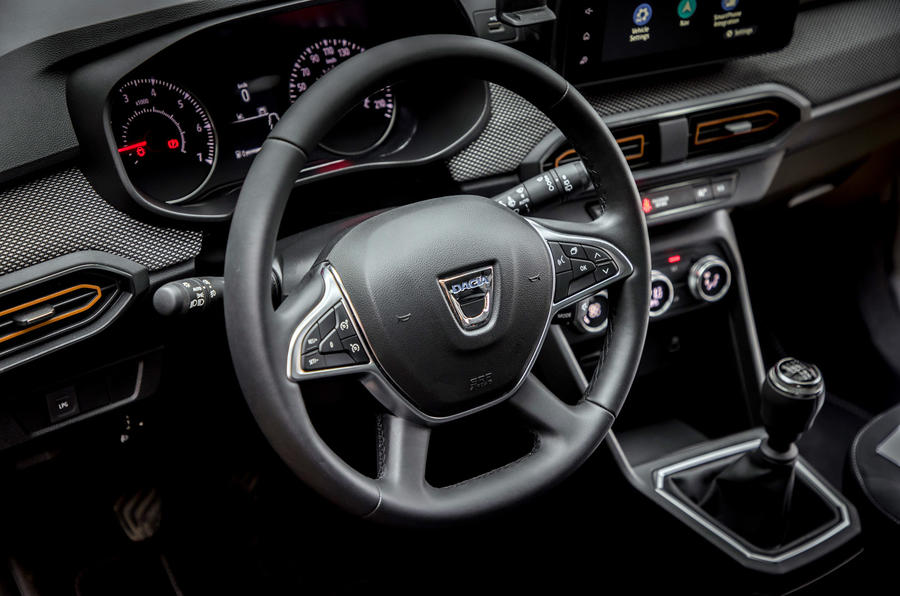 10 Dacia Sandero Stepway 2021 Premier volant d'examen de conduite au Royaume-Uni
