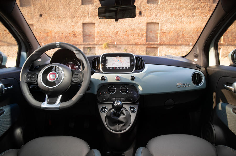 Fiat 500 Hybrid 2020 first drive review - dashboard