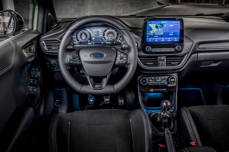 Ford Puma ST 2020 UK first drive review - steering wheel