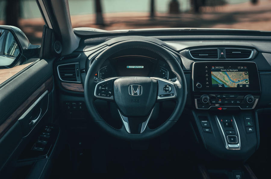 Honda CR-V hybrid 2019 first drive review - dashboard