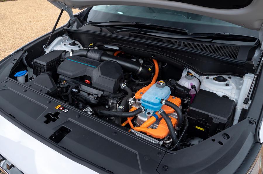 10 Hyundai Santa Fe PHEV 2021 UE FD moteur