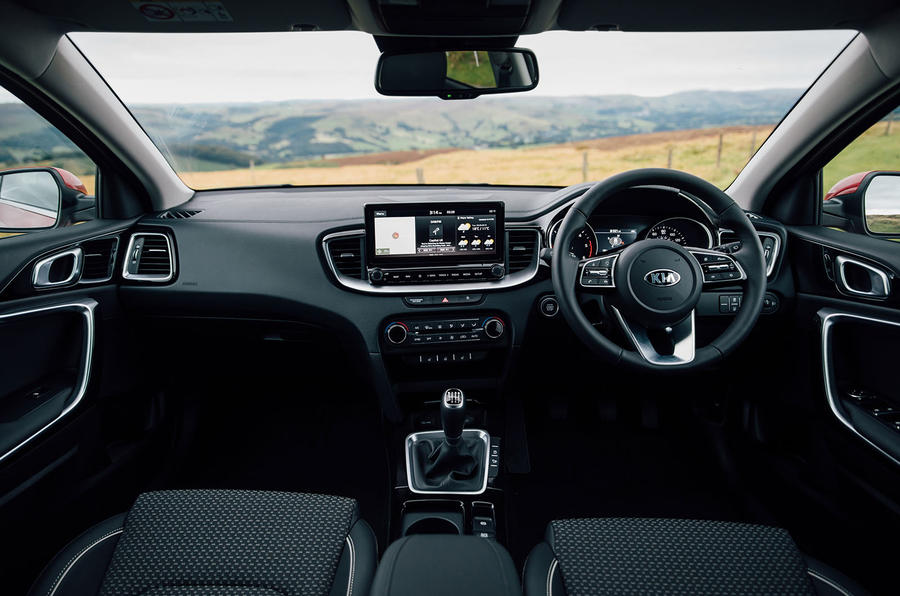 Kia Xceed 2020 UK first drive review - dashboard