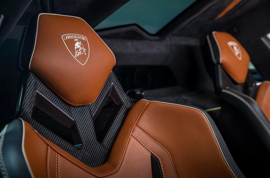 10 Lamborghini Sian 2021 : le premier test de conduite au Royaume-Uni