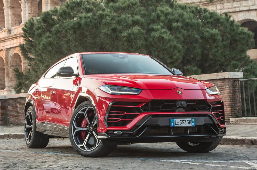 Lamborghini Urus review 2018 static front