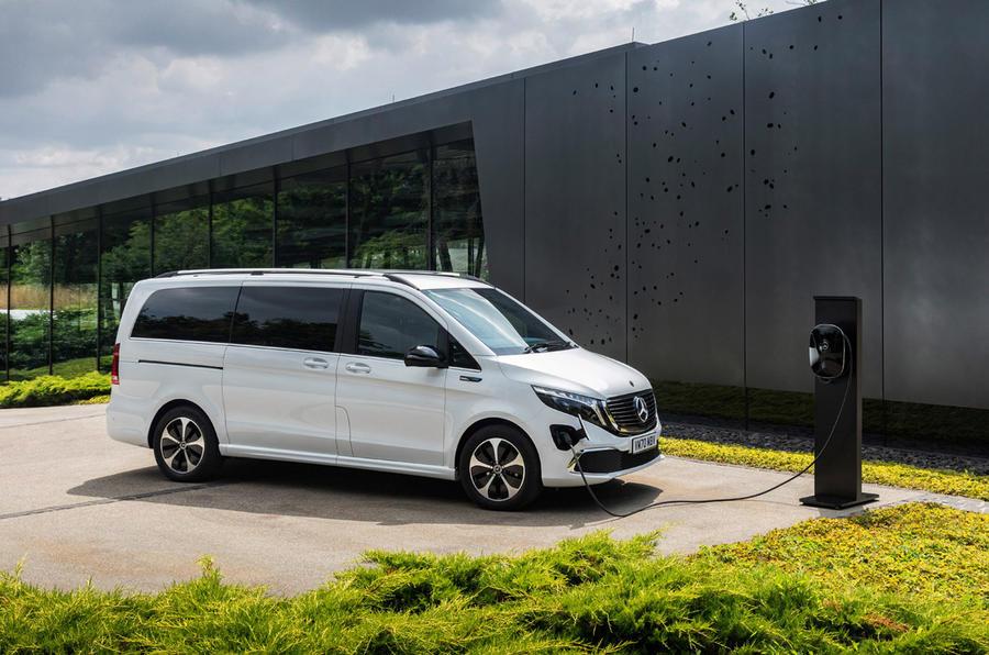 10 Mercedes Benz EQV 2021 LHD : premier essai routier - statique