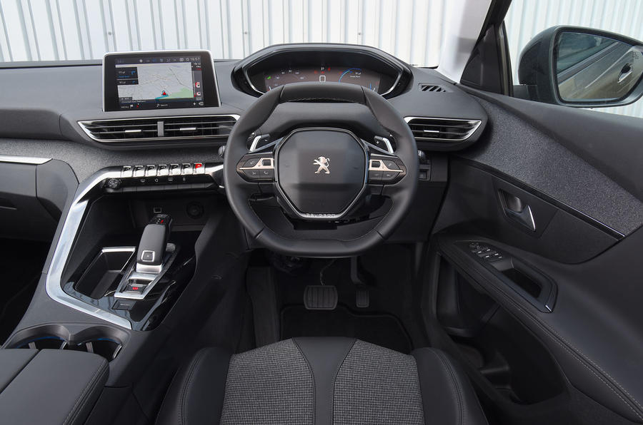 Peugeot 5008 2018 long-term review dashboard