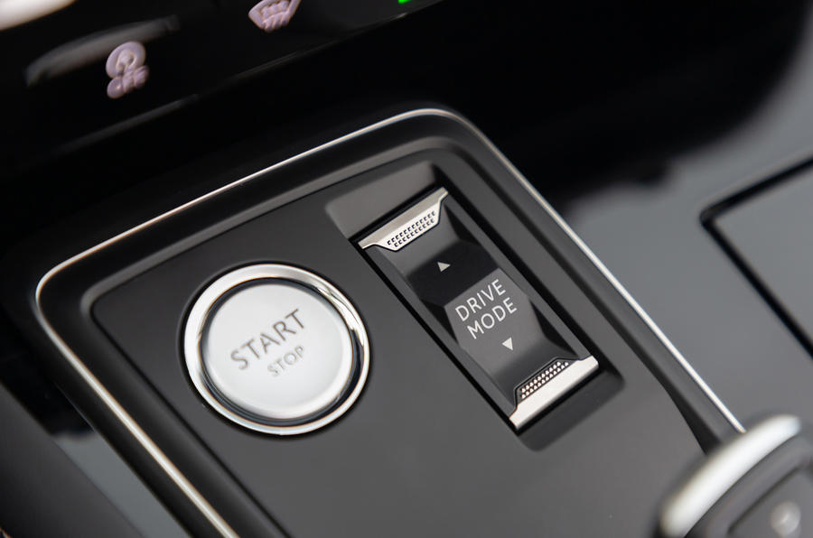 Peugeot 508 SW 2018 first drive review - start button